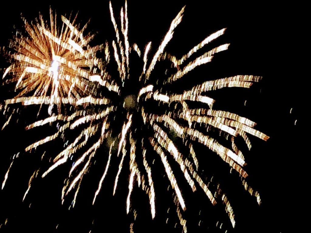 津南ランタン祭りの打ち上げ花火