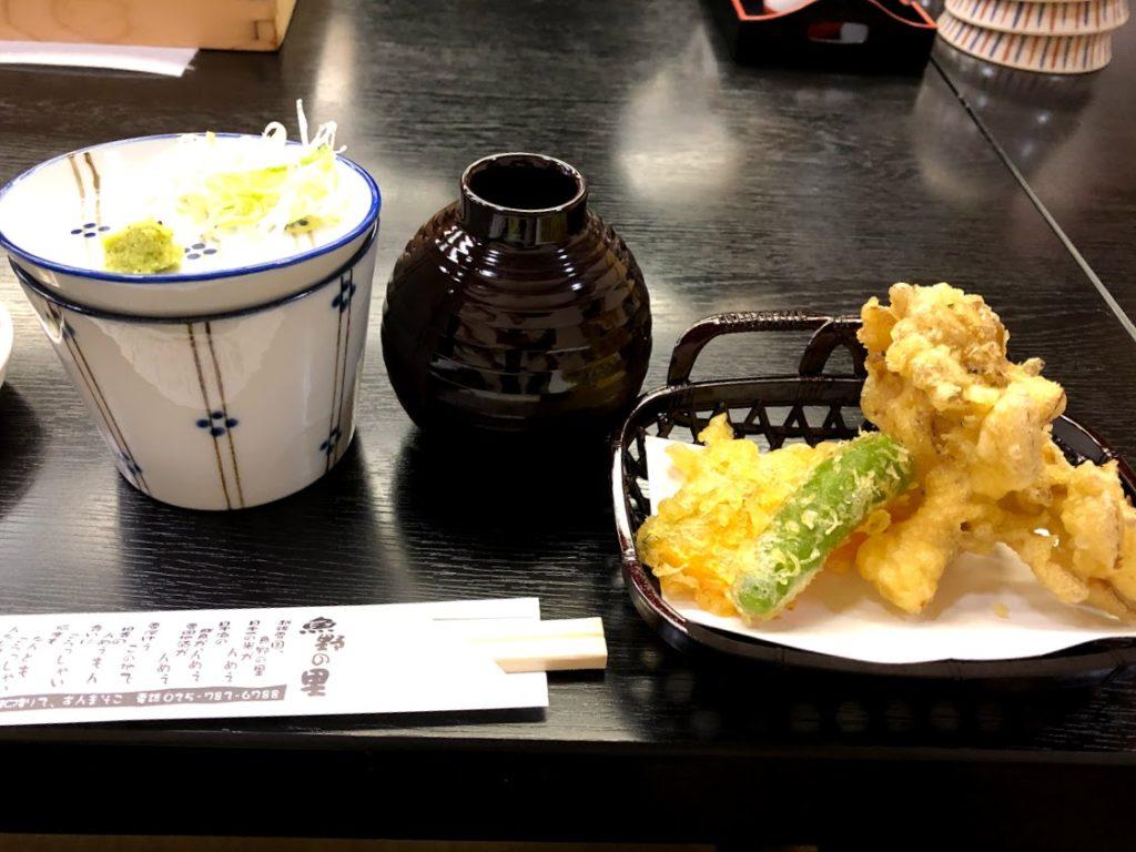 天ぷらとそばつゆ