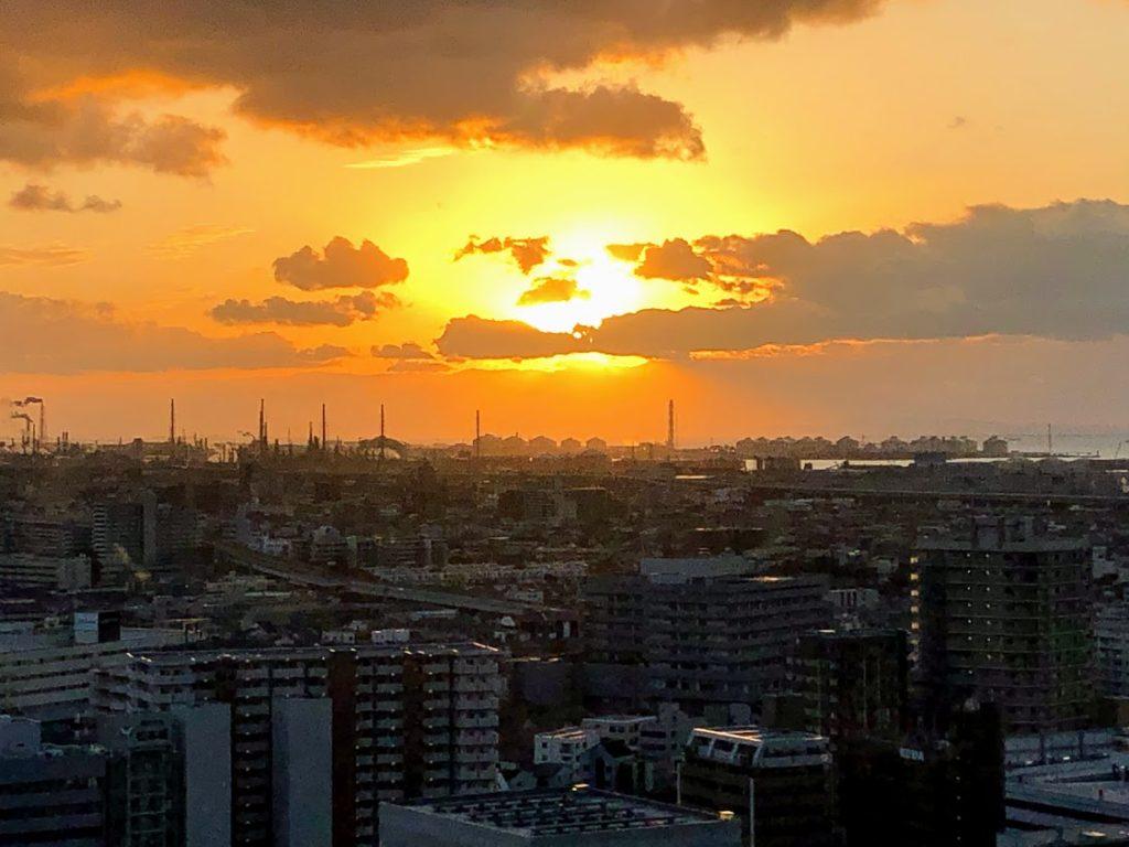 堺市役所展望台から眺める夕日