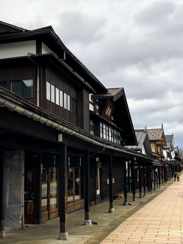 塩沢宿の街並み