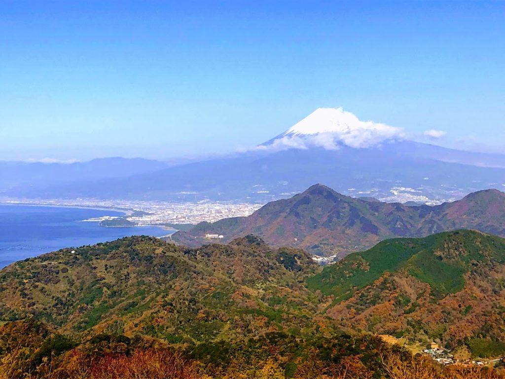 富士山と駿河湾に眺め