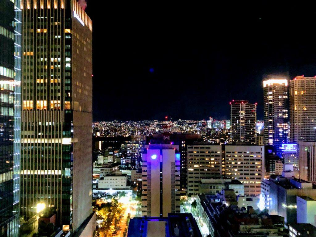 阪急レスパイア大阪ホテルから眺める夜景