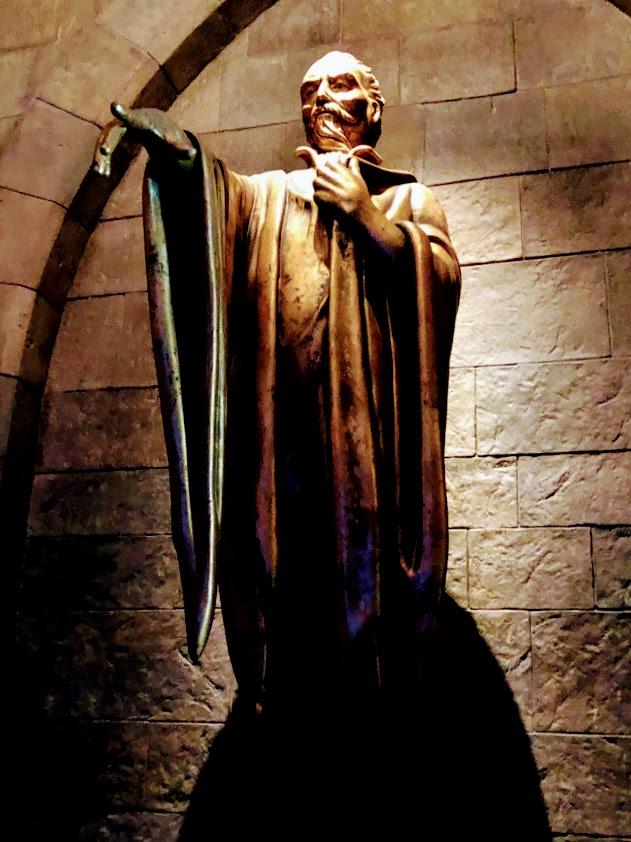USJホグワーツ城の彫刻