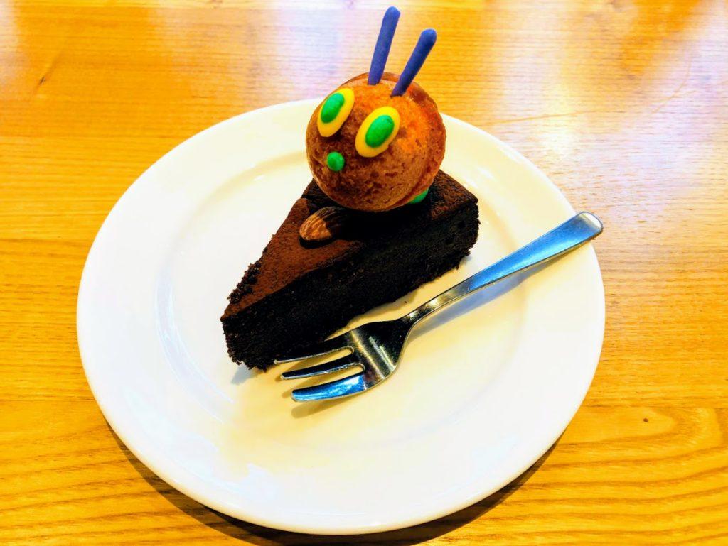 はらぺこあおむしカフェのケーキ